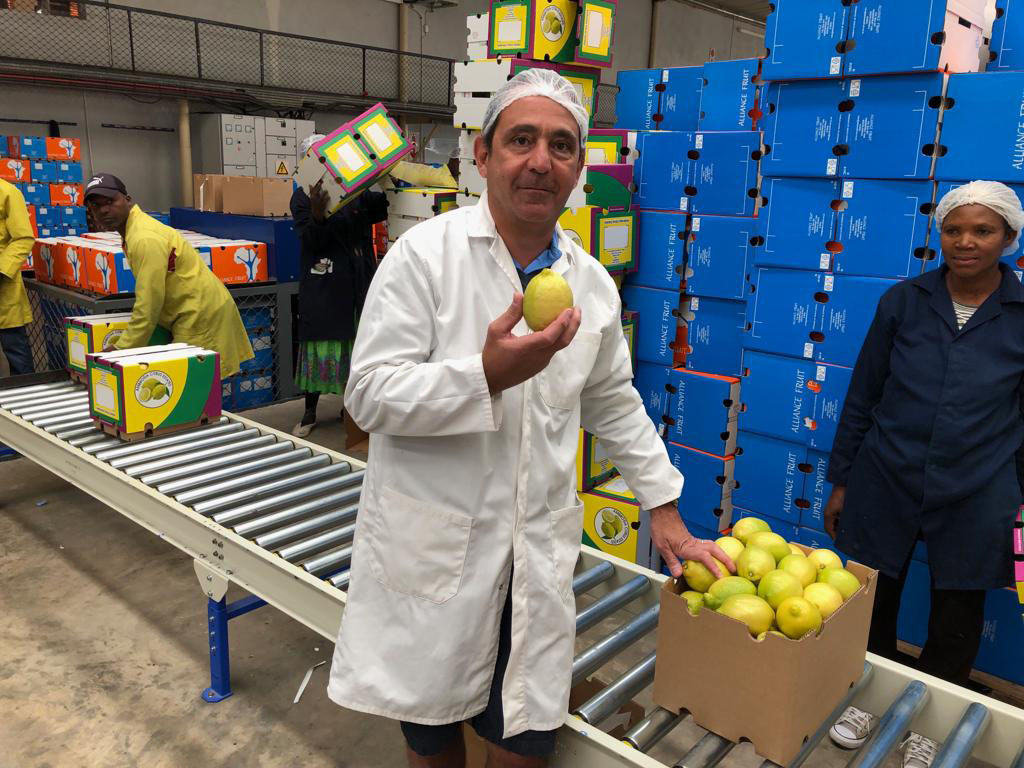Bruno Edery visiting the new packing facility of one of the Alliance's grower, Ambrosia - Beva Fruits International (BFI)